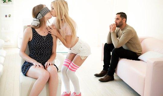 Лесбийские ласки двух девушек закончилист групповой оргией с бородачом